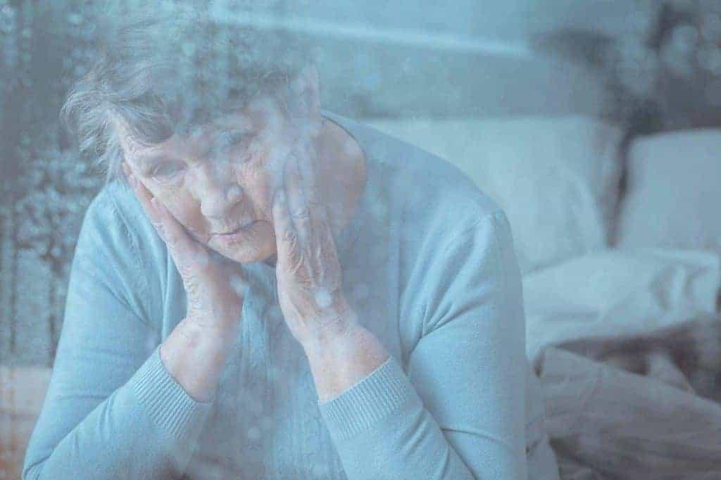 Senior having memory disorder