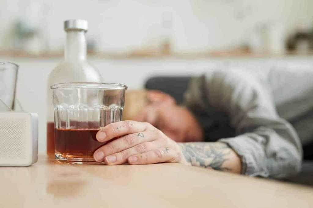 Évitez la caféine, l'alcool